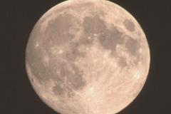 A-Moon1