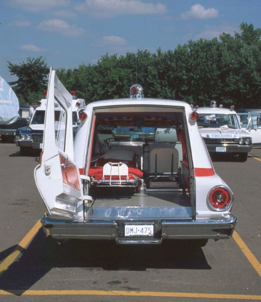 Ambulance-28-887x1024